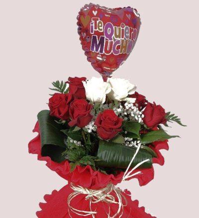 rosas con globo
