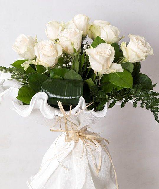 Ramo 9 rosas blancas - Flores Dalia