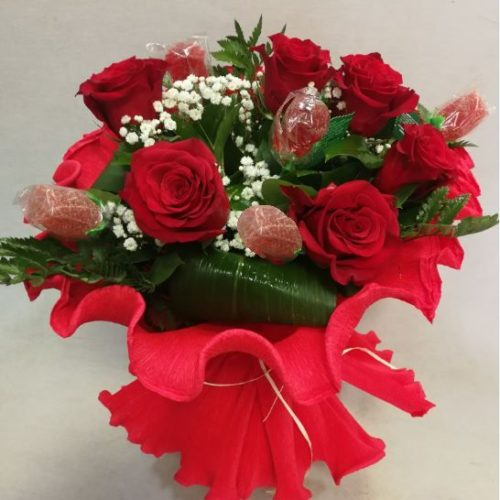 ramo 6 rosas rojas y 5 rosas chuche