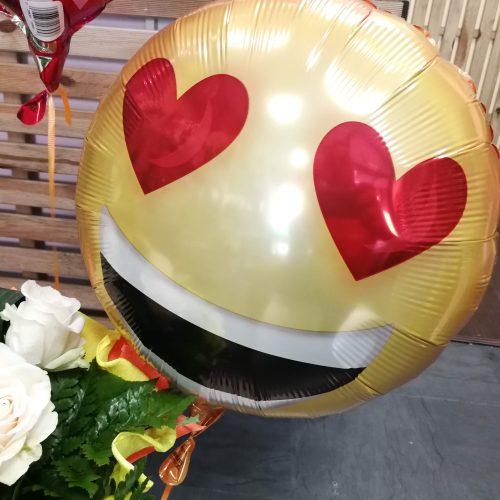 globo-emoji-love