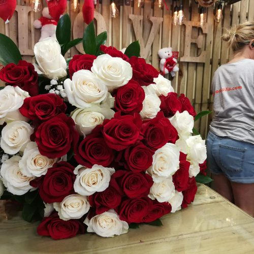 Ramo grande de rosas