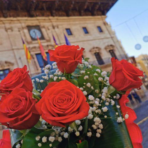 ramo rosas en ayuntamiento de Palma